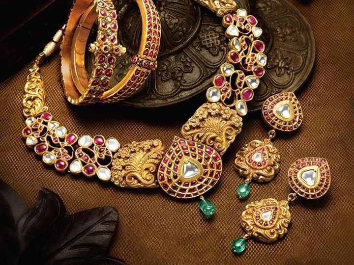 Jewelry For Diwali