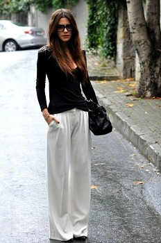 White based flared palazzo pants