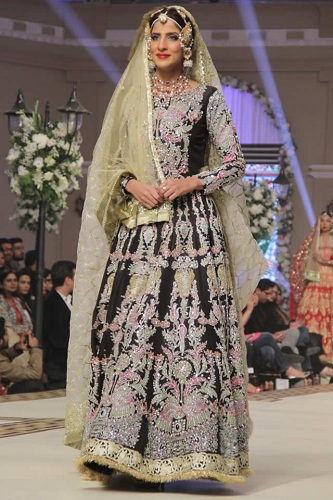 Mughal-inspired-anarkali-outfit