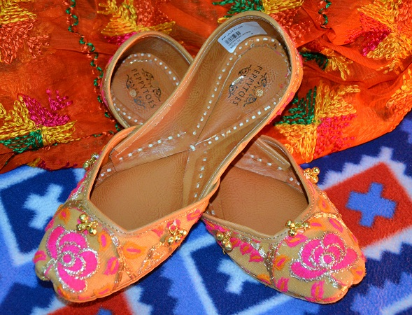 Pair of Punjabi Juttis