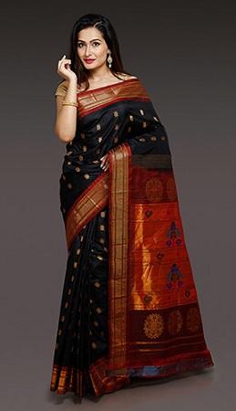 Paithani Black Saree With Red Dot