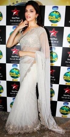 Deepika Padukone in White Sari in Nach Baliye