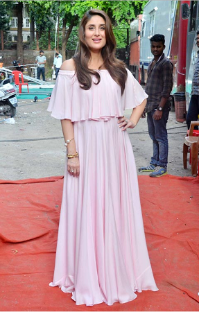 Kareena in baby pink off shoulder maxi