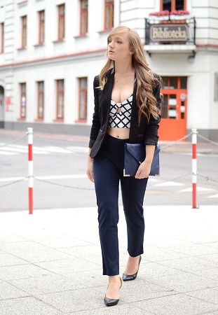 Crop top with high waist tight pants and blazer