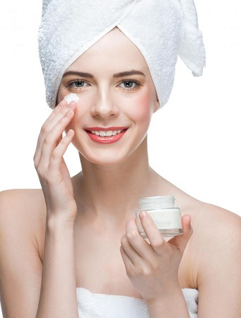 apply-moisturizers-before-makeup
