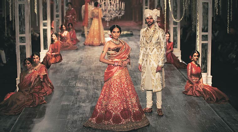 Tarun Tahiliani Designer Wear Collection