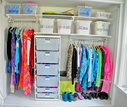 Arrange Wardrobe By Labelling