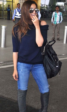 Alia Bhat In Casual Wear