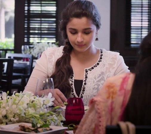 Alia Bhatt In Chikan Work Kurti