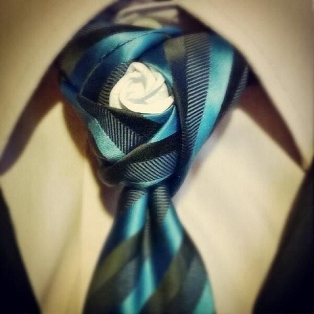 Origami Rose Tie Knot