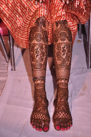 Beautiful Mehendi DEsign For Feet