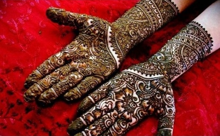 Beautiful Mehendi Design For Eid