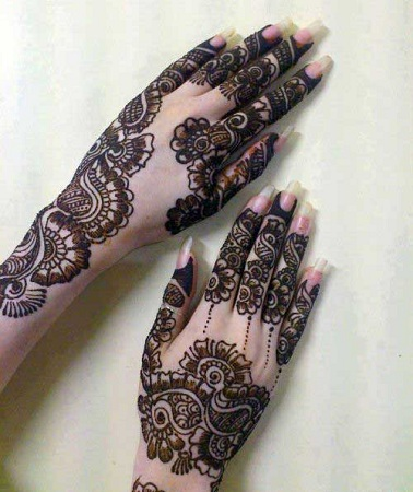Beautiful Pakastani Mehendi Design