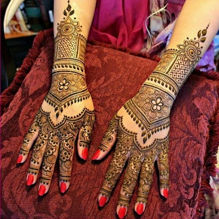 Eid-mehndi-design-for-hands