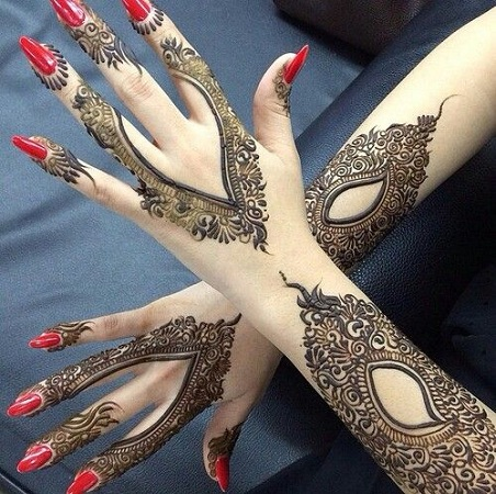 Full Lace Glove Mehendi Design