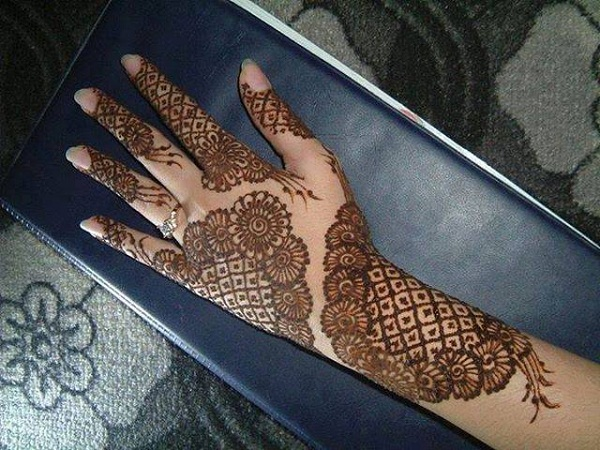 Mehendi Design For Eid 2017