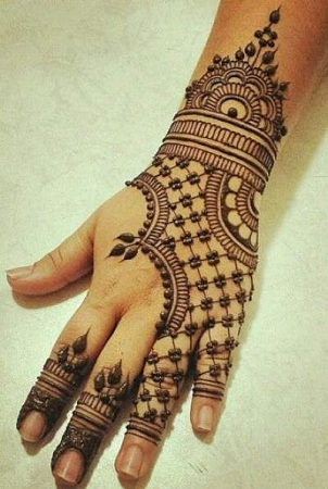 Net Mehendi Design For Back