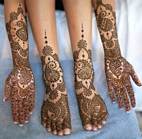 Paisley Mehendi Design For Hands And Legs