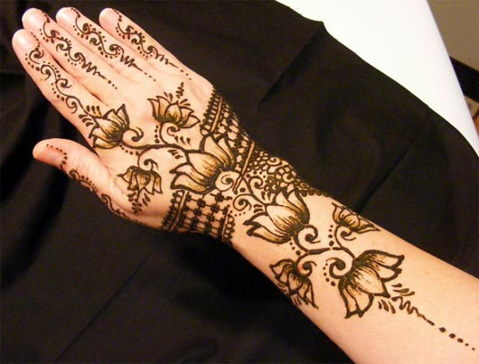 Shaded Lotus Mehendi Design