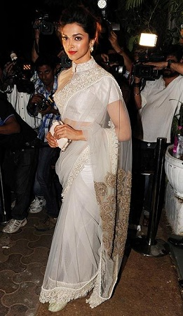 Sheer Saree For Slim Body Type