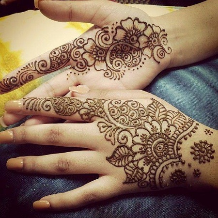 Simple Arabic Mehendi Design