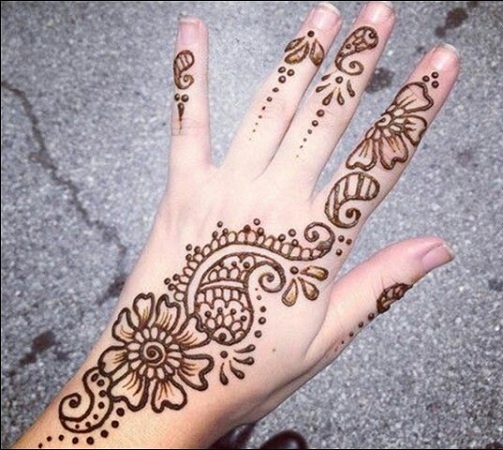 Simple Flower and Paisley Design Back Mehendi Design