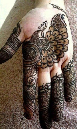 Simple Peacock Mehendi Design