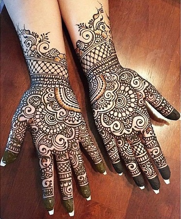 Traditional Mehendi Design For Diwali