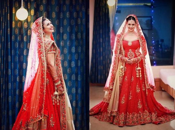 Divyanka Tripathi's Wedding Lehenga