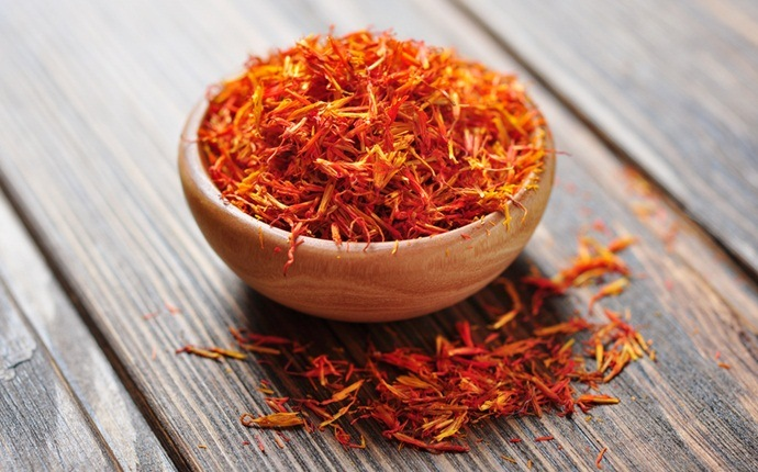 Saffron For Dark Circle Removal
